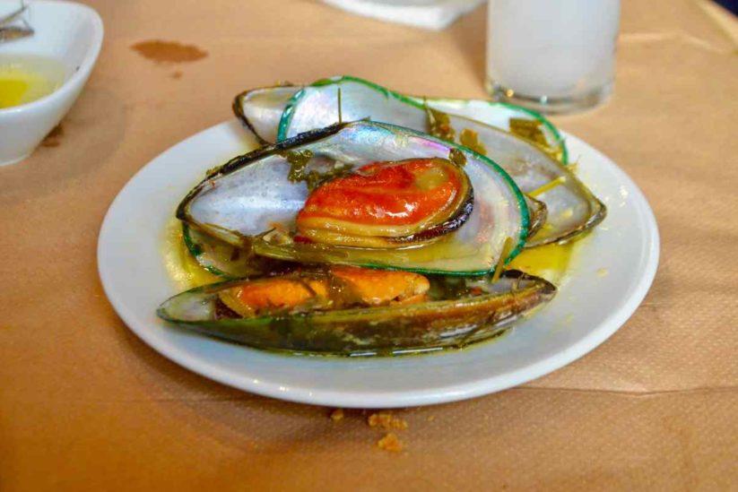 Μεζεδοπωλείο το Κεχριμπάρι - Χίος - Greek Gastronomy Guide