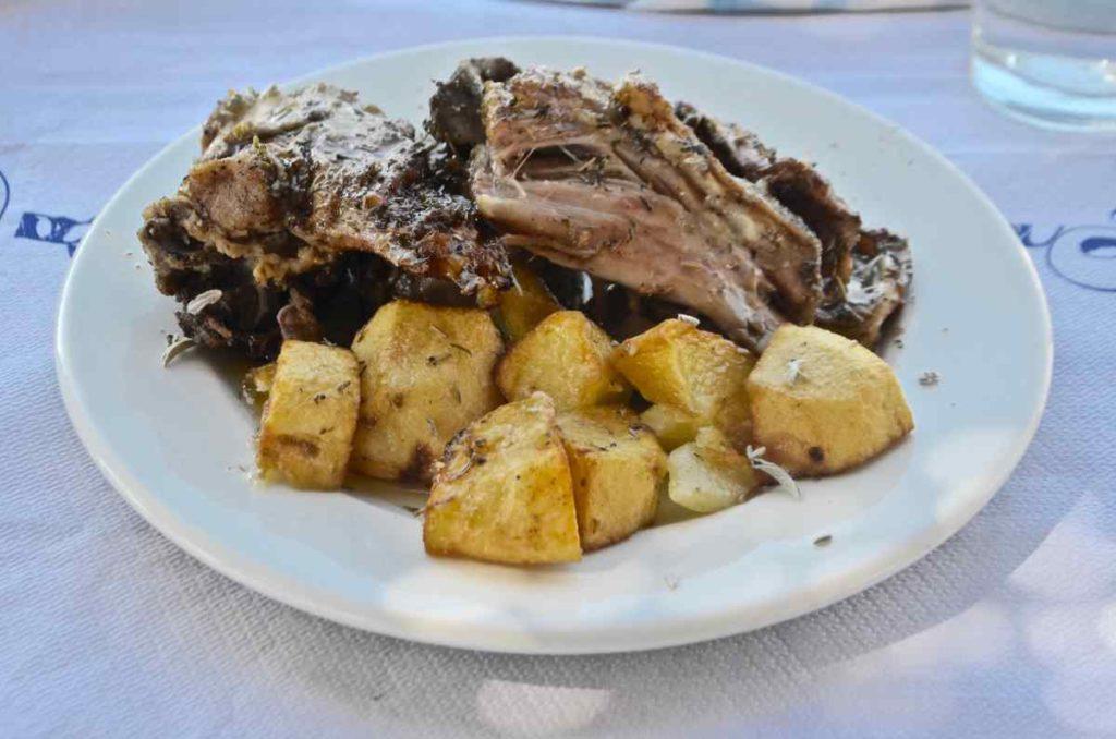 Ταβέρνα Αστέρι - Αυγώνυμα, Χίος - Greek Gastronomy Guide