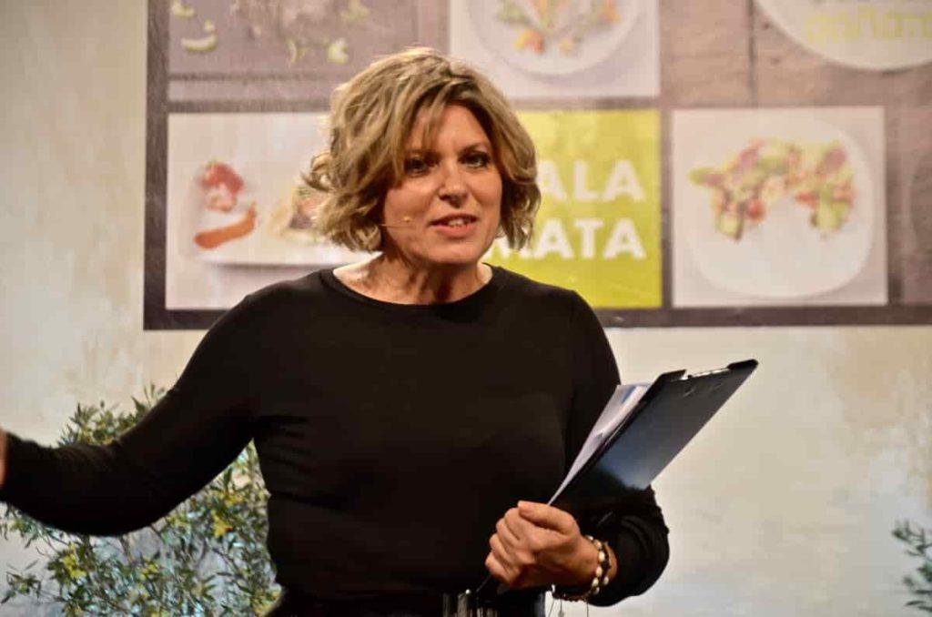 Άννα Καφκιά, διευθυντρια marketing Kalamata Papadimitriou - 1ο Φεστιβάλ Σαλάτας στην Καλαμάτα
