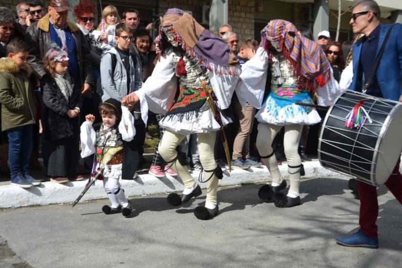 Μπούλες ή γενίτσαροι, το αποκριάτικο δρώμενο της Νάουσας - Greek Gastronomy Guide