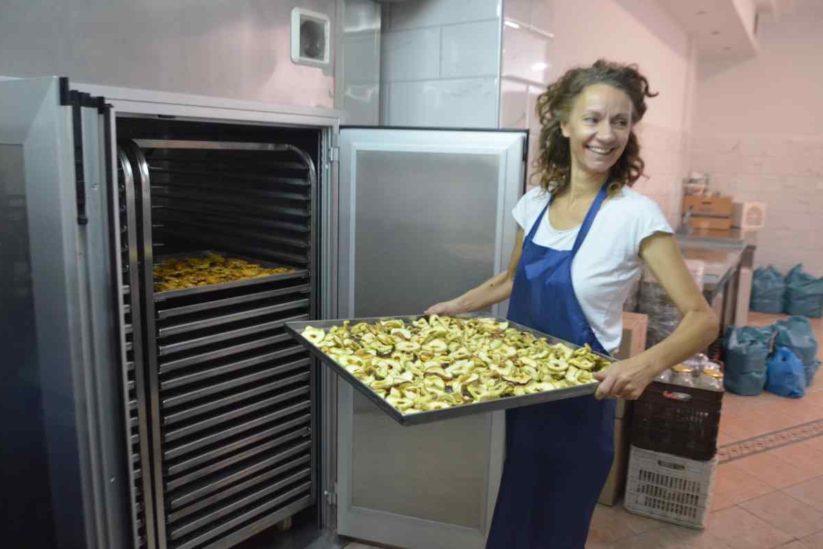 Bostanica Εργαστήριο αποξηραμένων φρούτων, Nάουσα - Greek Gastronomy Guide