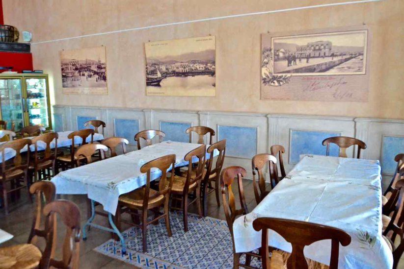 Μεζεδοπωλείο-Εστιατόριο Το Κεντρικόστο λιμάνι της Χίου - Greek Gastronomy Guide
