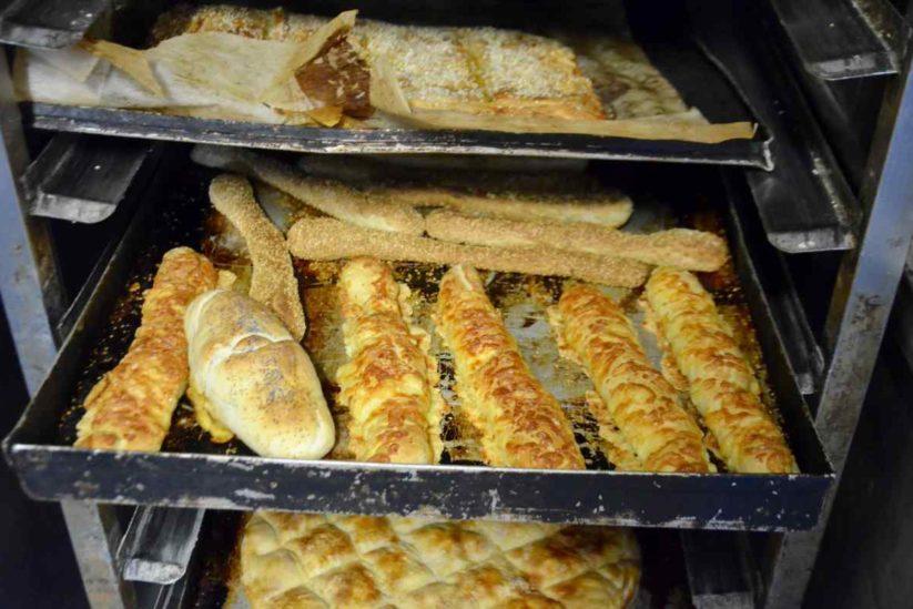 Mamma Mia pastry & bakery shops - Σκιάθος - Greek Gastronomy Guide