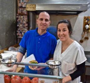 Σουβλάκια Κώστας - Αθήνα, Σύνταγμα - Greek Gastronomy Guide