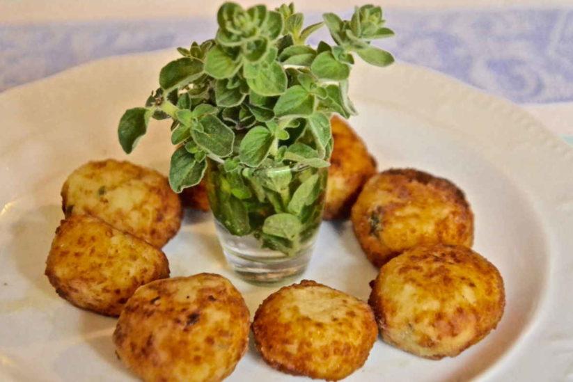 Ριγανοκεφτέδες - Πήλιο - Greek Gastronomy Guide