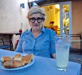Στη Βαγγελιώ, Ουζερί - μεζεδοπωλείο, Άρτα - Greek Gastronomy Guide