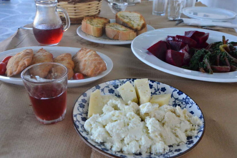 Τ' Απάνεμο στην Κολοφάνα - Αμοργός - Greek Gastronomy Guide